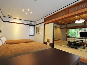 普門院:【竜胆】セミダブルサイズのツインベッド+和室10畳のスイートルーム
