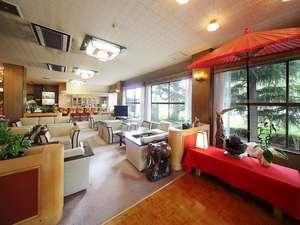 苫田温泉 いやしの宿 泉水:長旅おつかれさまでした。ソファーで少しお休み下さい