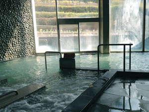 淡路島天然温泉 東浦サンパーク 花の湯:地下1300mの領家花崗岩から出る療養温泉。PH9.4で龍神温泉と同じ程度の重曹成分を含んでいます