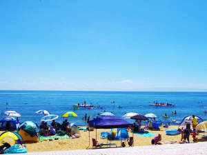 淡路島天然温泉東浦サンパーク:車で7分の「浦県民サンビーチ」は人気の海水浴場!
