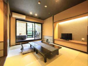 箱根水明荘:露天風呂付和室の一例