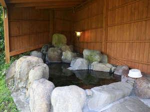 貸別荘 天ヶ瀬ログハウスA:露天風呂です。