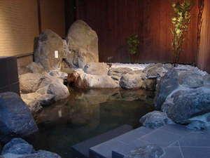 たまゆらの里:111号室の露天風呂