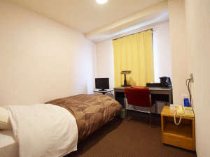 ホテルニュー梅屋:*シングル(客室一例)/ビジネスや一人旅に◎ごゆっくりお寛ぎ下さい。