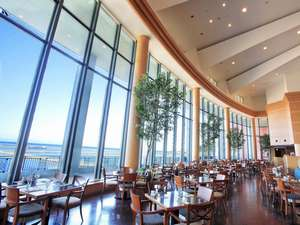 グランドパーク小樽:海を見渡す絶景のレストラン「テラスブラッセリー」