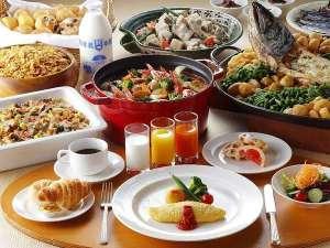 グランドパーク小樽:「北海道旅行の思い出に残る朝食」をコンセプトに、北海道料理を中心とした和洋メニューを取り揃えます♪