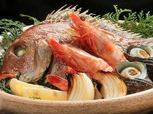 休暇村 南淡路:淡路島名物『宝楽焼』 素材の味をそのまま味わえます。