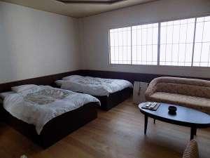 洋室ツインルームハリウッドツインに変更することもできます