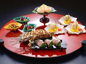 名栗温泉 大松閣:秋の夕食(一例)繊細な素材の味を活かしながら優美な膳に仕上げます。