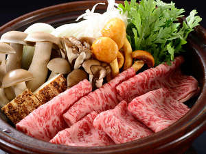 名栗温泉 大松閣:厳選!和牛会席プラン。何よりも出汁にこだわり、上質な和牛を厳選した究極の和牛すき鍋です。