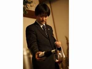 シャンパンやワインサービスが好評。記念日の演出にいかがですか?