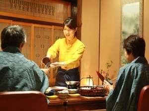 元湯 山田屋旅館:お客様との一期一会を大切に ・・・。テレビ等にも出演した女将、若女将がおもてなしいたします...