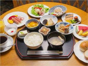 【ご朝食/和洋バイキング】 1Fカフェ アルカンシエル 7:00~10:00