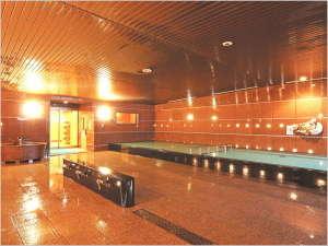 【3F 天然温泉大浴場】 6:00~24:00(ご宿泊者専用時間帯22:30~24:00)
