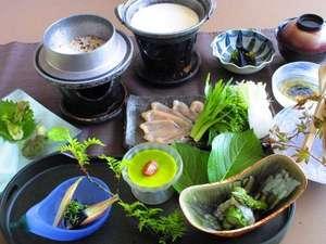 連泊プラン限定~野菜を中心としたヘルシーな「一汁三菜」メニュー