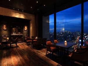 ホテルモントレ グラスミア大阪:ホテル22階フレンチレストラン「エスカーレ」