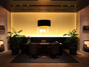 ホテルモントレ グラスミア大阪:ホテル内コンシェルジュデスク