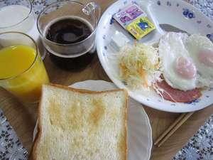@アットホテル:朝食【パンメニュー】の一例