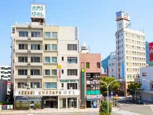 ホテルはやしと別府駅前通り