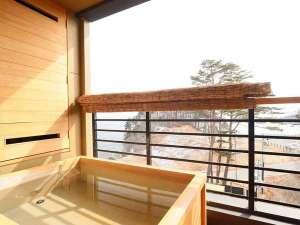 渚亭たろう庵:客室露天風呂からの眺めは格別です。