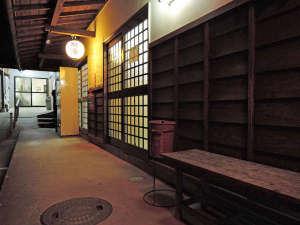 諏訪温泉:館内(浴場の外観)