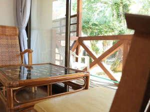 諏訪温泉:【新館】広縁のついた和室8畳・バストイレ付のお部屋です。