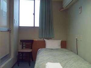 シティイン西田辺:喫煙シングルAルーム同じシングルAタイプでも内装が違うお部屋もございます。