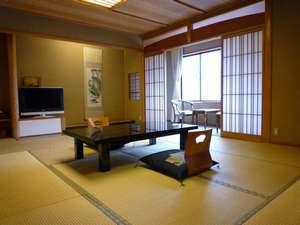 城崎温泉 喜楽:心が和む純和風の客室。全室トイレ付き♪