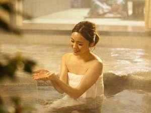 由布のお宿 ほたる:トロトロのお湯は多くの人を魅了!リピーター様も多くお越しいただいております。