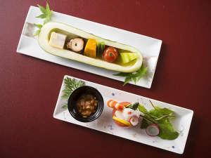 加賀料理と源泉かけ流しの宿 山中温泉 すゞや今日楼:料理長の洗練された会席料理に目も楽しめる