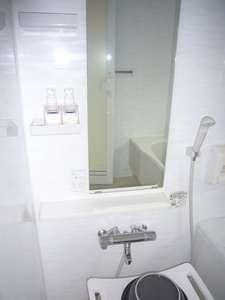 【和室 山茶花】の  お部屋のお風呂。