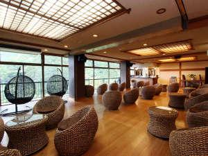 伊豆最大の大滝 AMAGISO-天城荘-[LIBERTY RESORT]:*ロビー 2017年6月から家具をバリ風に一新しました★+゜