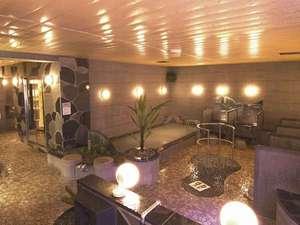 リフレフォーラム:2種類のサウナなど充実の大浴場