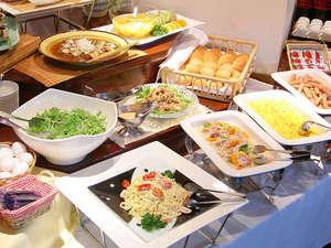 ホテルパールシティ盛岡(HMIホテルグループ):□ご朝食は約20品以上の和洋ミックスバイキングで、ボリュームたっぷりです。