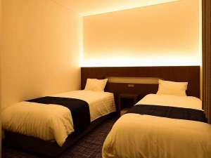 みくに隠居処:スタンダートツインの部屋(シングルベッドが2つ完備)