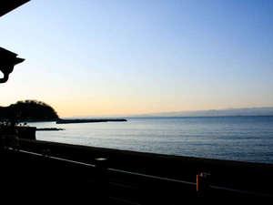 土肥温泉の民宿 汐音・富士見の宿 こいけ荘