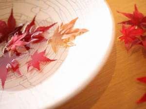 リーガロイヤルホテル京都:【紅葉の季節】観光相談はコンシェルジュでお気軽に♪