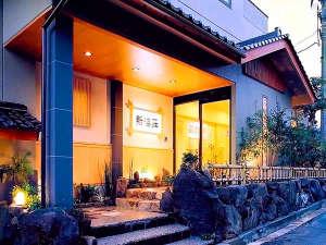2大名物カニ料理の宿 新海荘<夕日ヶ浦温泉>の写真