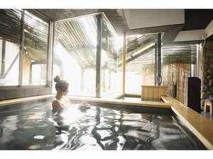 蔵ホテル一関:2014年10月リニューアルOPENの大浴場!!大きい窓で解放感たっぷり。朝のご入浴がスタッフ一押しです!