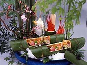 河内屋  源泉かけ流し100%の湯宿: 南伊豆の伊勢海老は甘くてうまい。2月3月のお花見プランでご予約されると伊勢海老も食べられます。