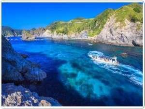 河内屋  源泉かけ流し100%の湯宿:透明度抜群のヒリゾ浜。一度行ったら忘れられない美しさ舟でしか渡れない秘島