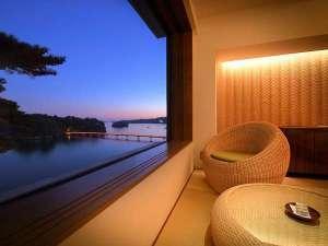 松島温泉 小松館好風亭:海色から望む福浦橋 夜