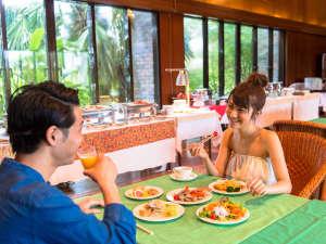リブマックスアムス・カンナリゾートヴィラ:朝食ビュッフェ
