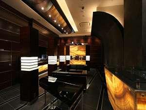 ホテル ザ グランツ:ロビーにてピアノの自動演奏をお楽しみ下さい