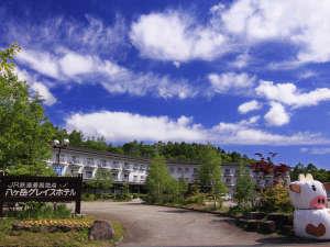 美しい色彩に包まれる八ヶ岳グレイスホテル