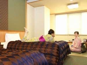 こんぴら温泉郷 つるや旅館:広々和洋室でまったり♪
