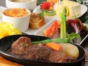 朝夕お部屋出しの宿 ポコアポコ:黒毛和牛ステーキのコース料理をお部屋で(お肉の食べられない方はメニュー変更も可)