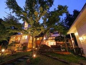 朝夕お部屋出しの宿 ポコアポコ:静かな高原別荘地に佇むポコアポコ