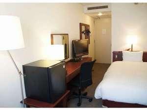ホテル山城屋:マッサージソファ付シングルルーム 全室ベッドリニューアルしています。