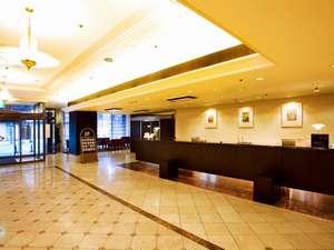 ホテルメトロポリタン盛岡 :落ち着いた雰囲気の1階ロビー